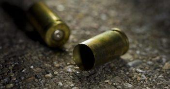 asesinato arma de fuego