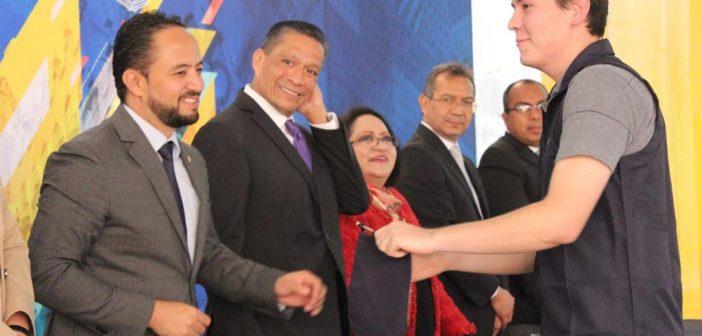 Volarán 281 jóvenes de la Universidad de Guanajuato al extranjero