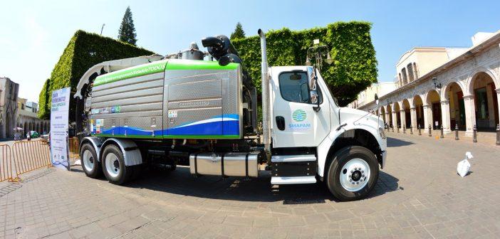 Adquieren camión hidroneumático para limpieza de drenajes en Moroleón