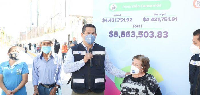 Gobernador de Guanajuato hace entregas de obras en el municipio Moroleón